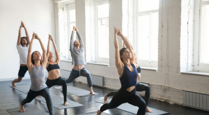 Do's and Don'ts: Tips for Your First Yoga Class