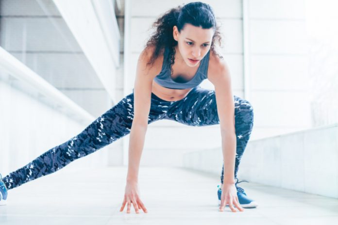 Outdoor Series: 12 Minute HIIT Workout To Squeeze In Anywhere