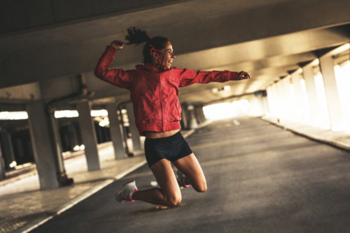 Get Fit Like Kayla Itsines and Set Fitness Goals You Can Achieve