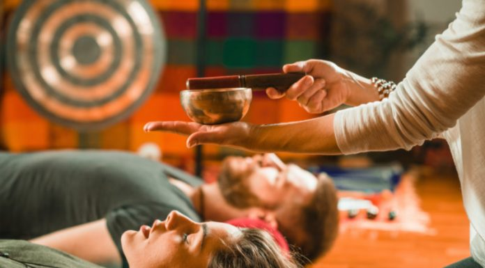 What is Sound Bath Meditation and Does it Have Any Benefits?
