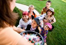 Halloween Safety Tips You and Your Child Should Keep In Mind