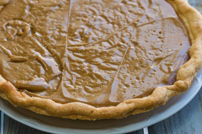 vegan butterscotch pie in a dish