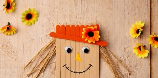 popsicle stick scarecrow - hero image
