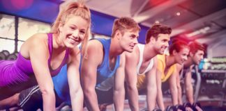 Why Group Fitness Should Be On Your Schedule This Season