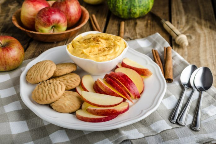 Pumpkin Dip with apple slices and cookies