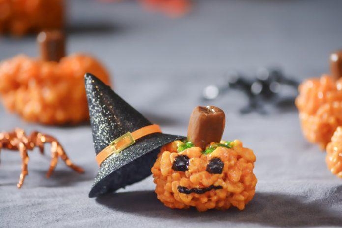 Pumpkin rice krispies treats