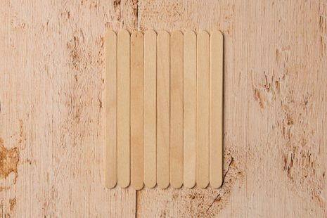 popsicle sticks for scarecrow craft