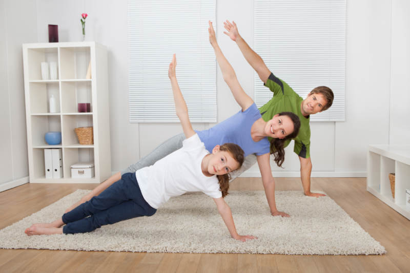 Benefits of Doing Yoga as a Family