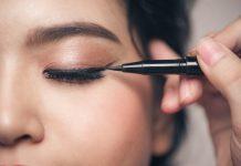 Make It Yourself: Organic Liquid Eyeliner