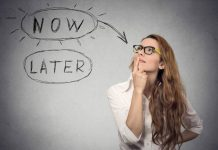 Overcome Procrastination By Learning How to Deal With The Tasks Efficiently