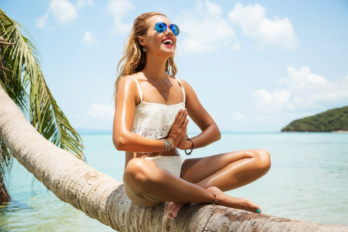 Outdoor Series: Why you Need To Head To the Beach For Your Mental Health