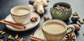 vegan chai latte in two mugs