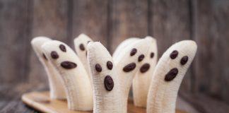 healthy frozen yogurt banana ghosts