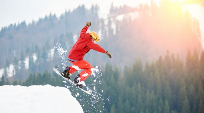 Grab Your Snowboard and Boost Your Overall Health From A Snowboarding Workout